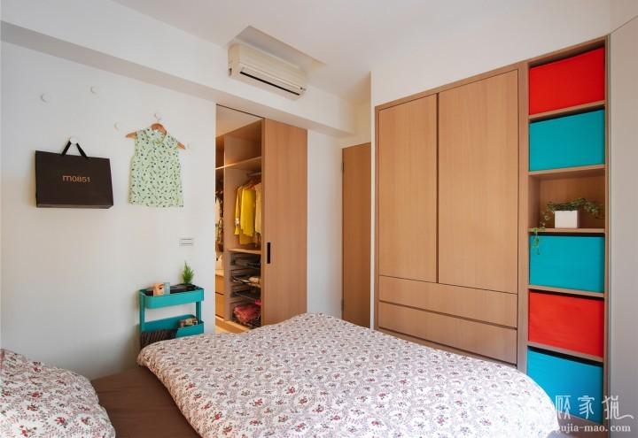 70平米木元素两室公寓装修设计 木元素两居室装修