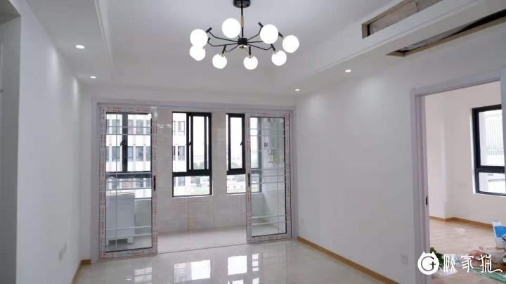 长炉公寓55平方米简约风格半包37000