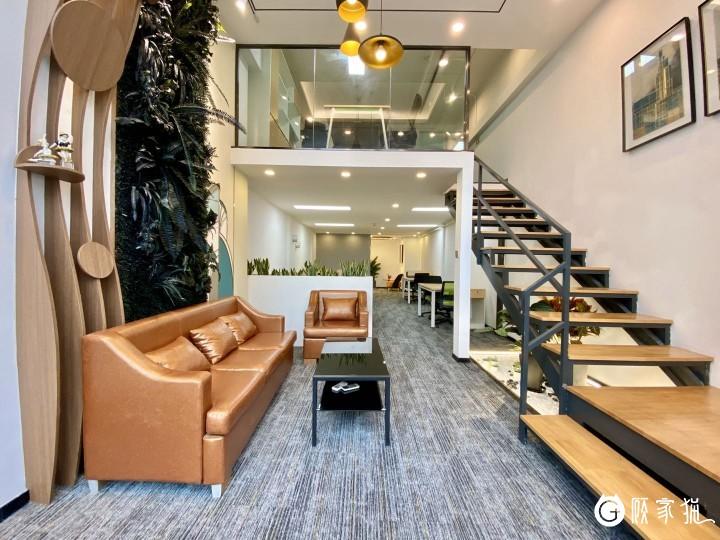每年广场C574—loft办公室78.6㎡